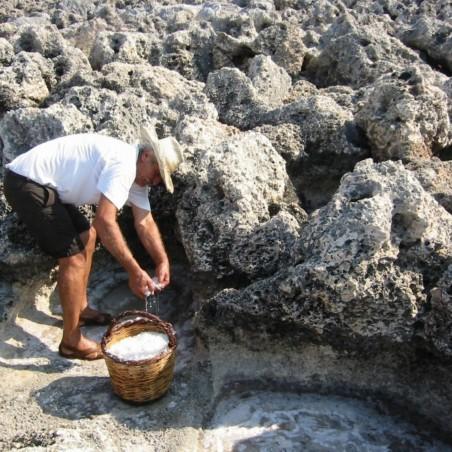 Organik Elle Hasat Edilmiş Akdeniz Yunan Deniz Tuzu